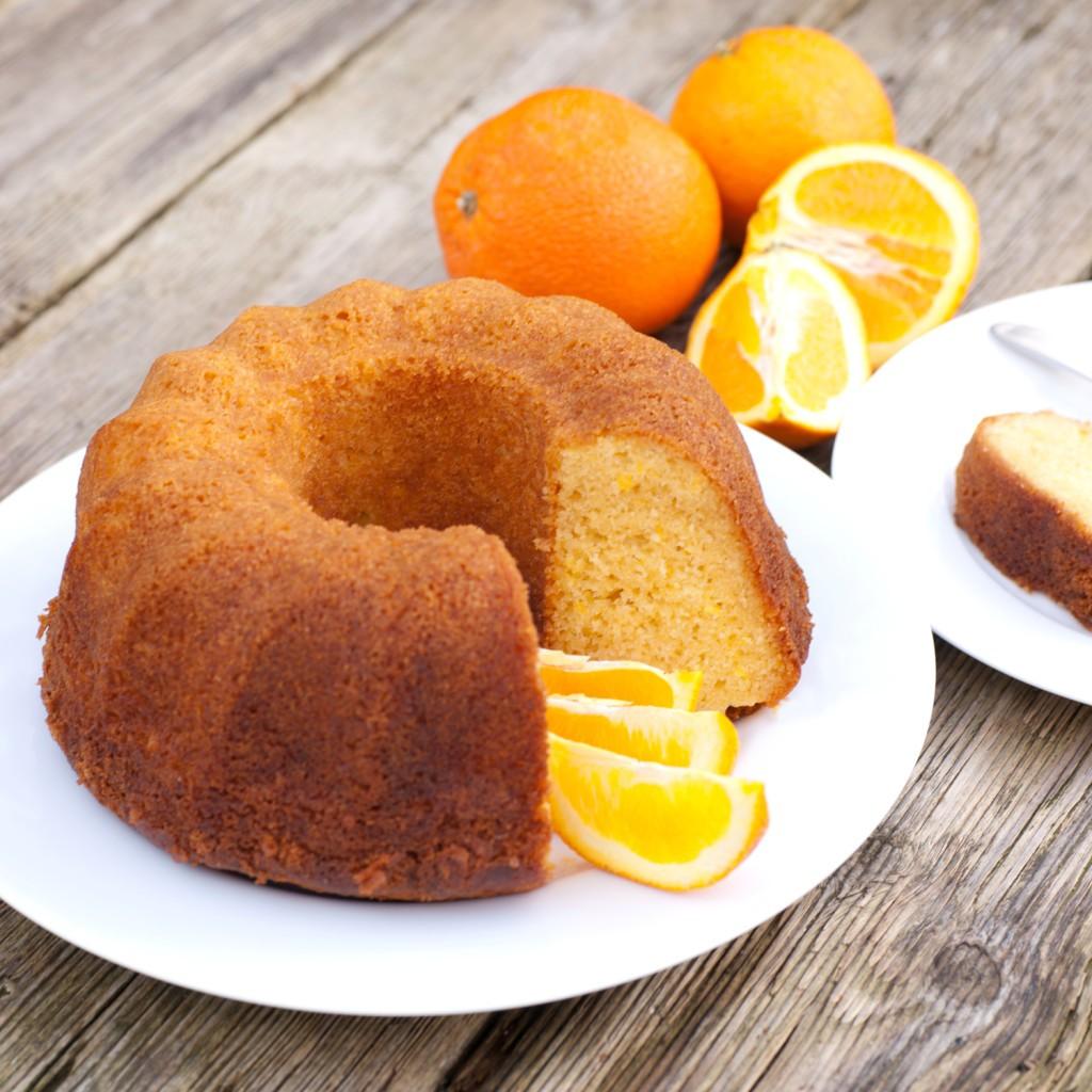Eenvoudige sinaasappelcake